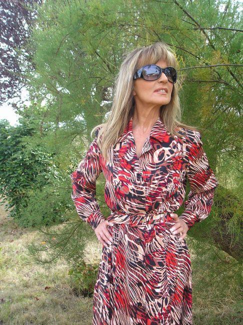 robe acajou demi-saison personne âgée