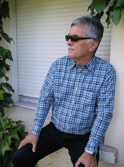 chemise boutons pressions personne âgée
