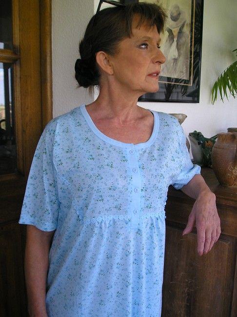 chemise de nuit manches courtes personnes âgées