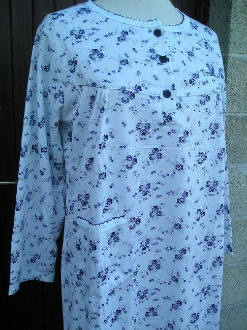 chemise de nuit longue personne âgée