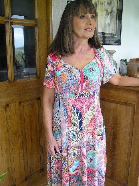 robe sans bouton personne âgée