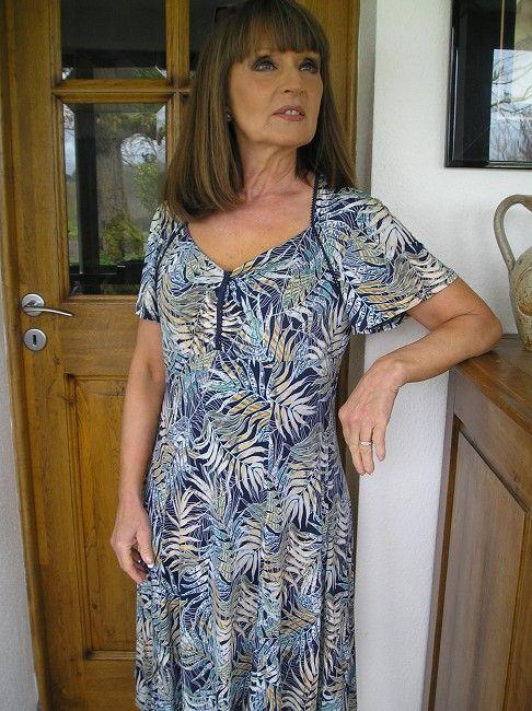 robe facile à enfiler 3 ème âge