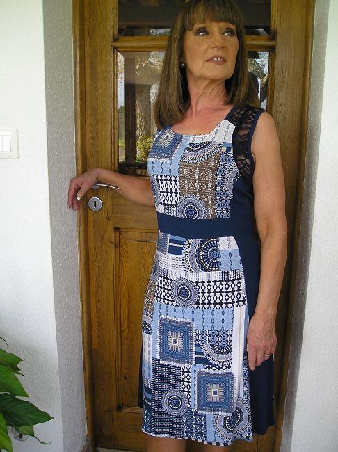 robe bain de soleil personne âgée