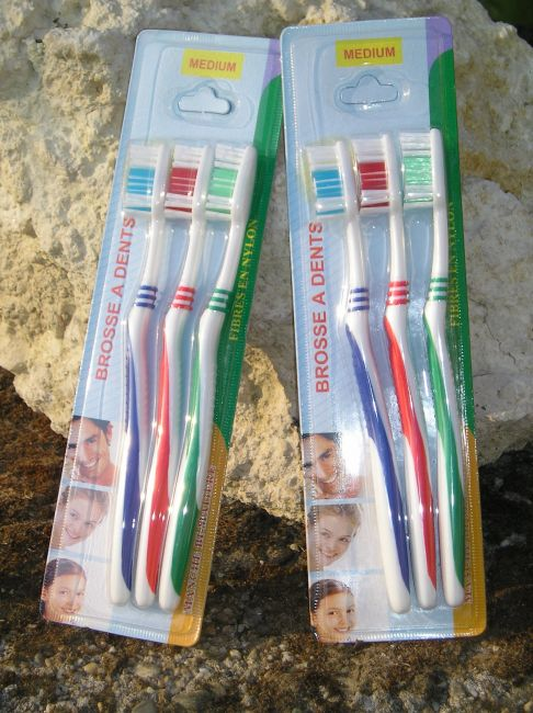 brosse à dents personne âgée